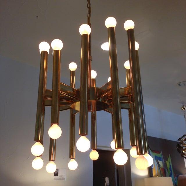 Gaetano Sciolari Sciolari Brass Sculptural 24 Lights Chandelier For Sale - Image 4 of 10