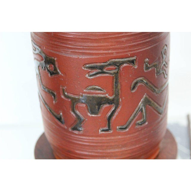 Rust Red Ceramic Table Lamp with Primitive Motif - Image 3 of 9