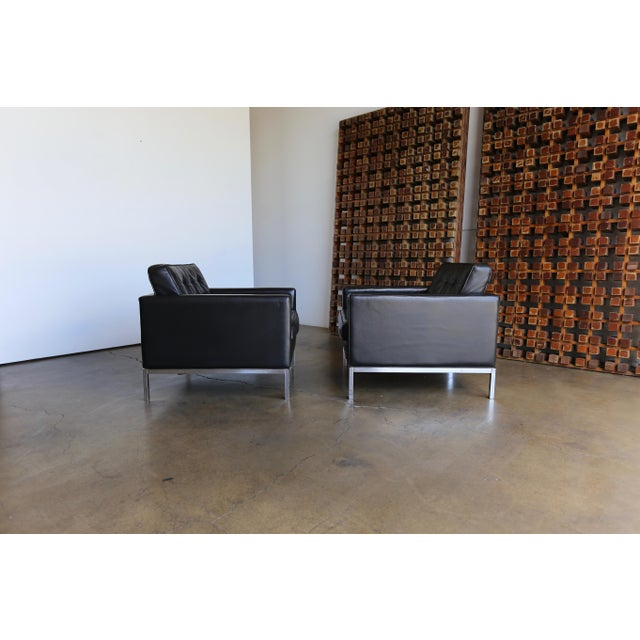 Knoll Mid Century Florence Knoll Leather Lounge Chairs - a Pair For Sale - Image 4 of 11