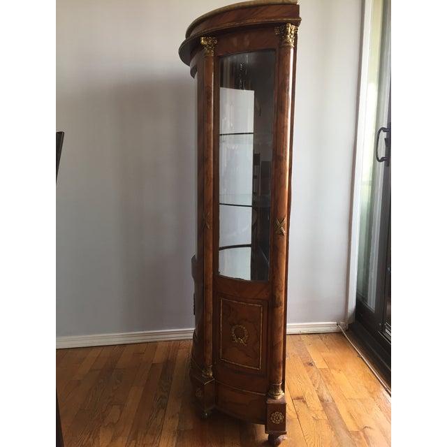 Burlwood Mirrored Curio Cabinet - Image 4 of 8