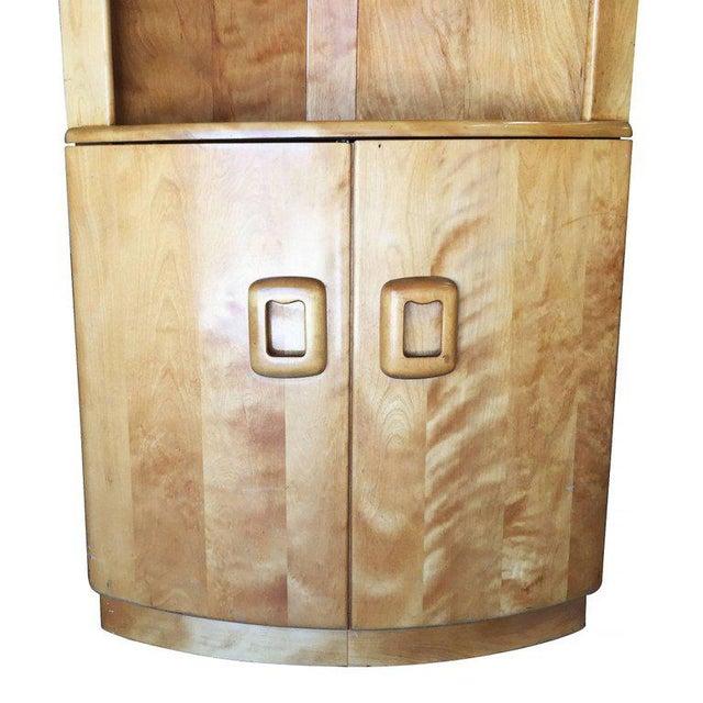 Heywood-Wakefield Blonde Streamline Maple Corner Cupboard Cabinet - Image 5 of 8
