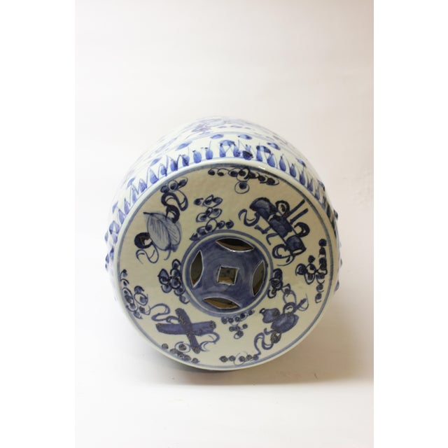 Early 20th Century Chinese Blue and White Ceramic Garden Stool For Sale - Image 5 of 10
