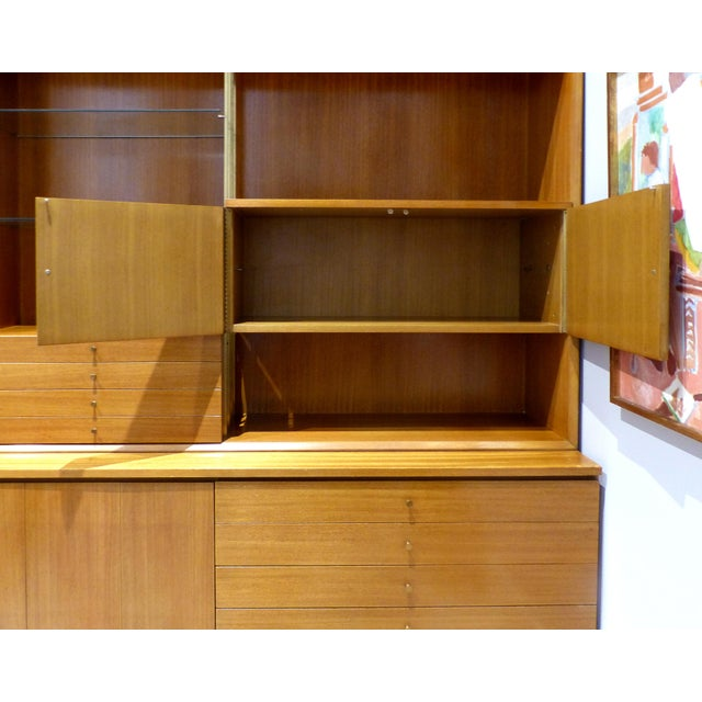 Mid-Century Modern Paul McCobb for Calvin Furniture Breakfront For Sale In Miami - Image 6 of 13