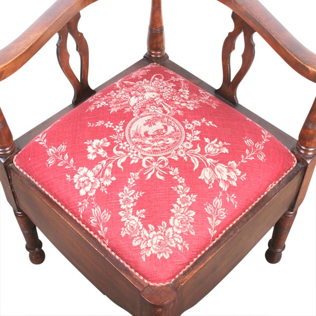 Red & White Toile Mahogany Corner Chair - Image 5 of 5