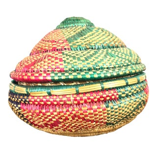 Vintage Ethiopian Hand Woven Pink and Green Grass Basket With Lid For Sale