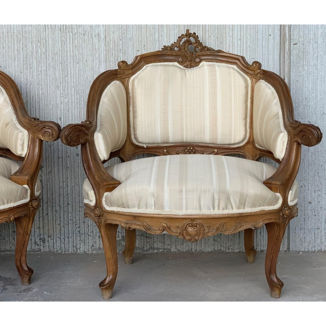 White Pair of Italian Rococó Louis XV Fauteuils or Slipper Chairs For Sale - Image 8 of 12