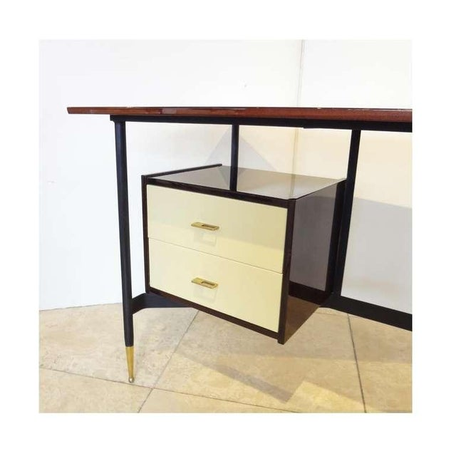 Italian Mid-Century Writing Desk in Mahogany and Lacquer, Italy Circa 1955 For Sale - Image 3 of 6