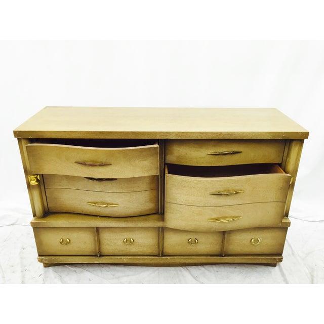 Mid 20th Century Bassett Furniture Mid-Century Dresser For Sale - Image 5 of 11