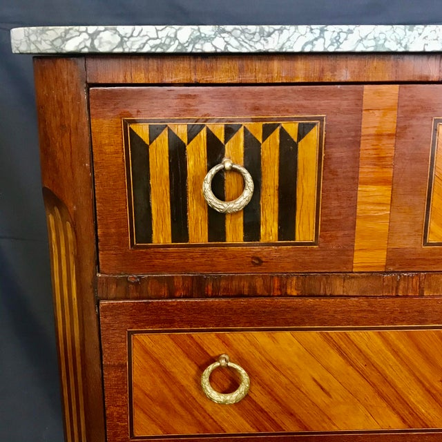 French 1940s Vintage French Louis XVI Style Marquetry Inlaid Petite Commode For Sale - Image 3 of 13