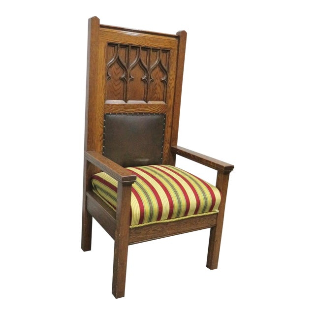 1900s Antique Gothic Carved Oak Throne Chair For Sale