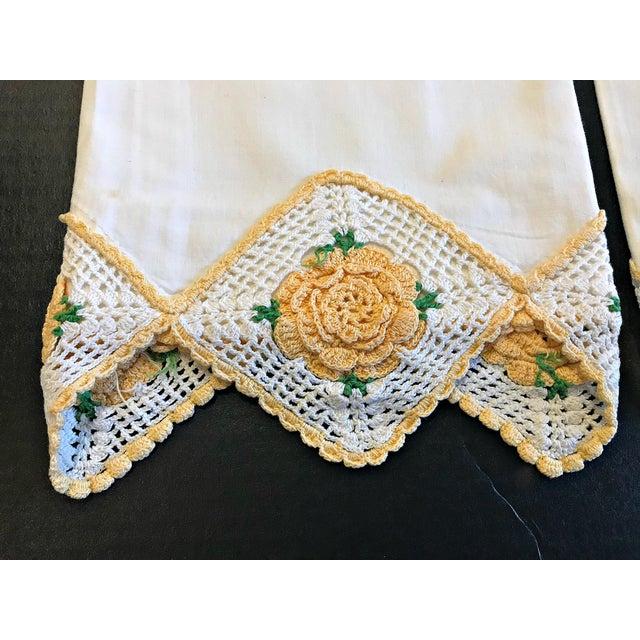 Vintage Crochet Rose Trim Pillowcases - A Pair - Image 2 of 4