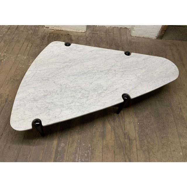 1960s Sculptural Carrara Marble Top Coffee Table For Sale - Image 4 of 9