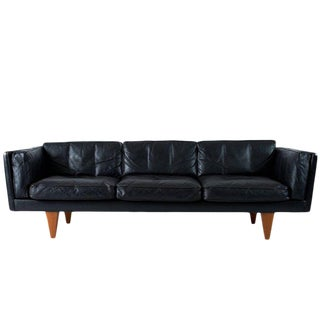 Illum Wikkelsø V11 Sofa For Sale