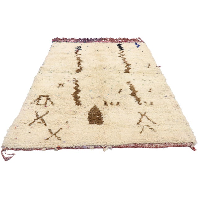 Boho Chic Vintage Berber Moroccan Azilal Rug - 03'07 X 04'09 For Sale - Image 3 of 10