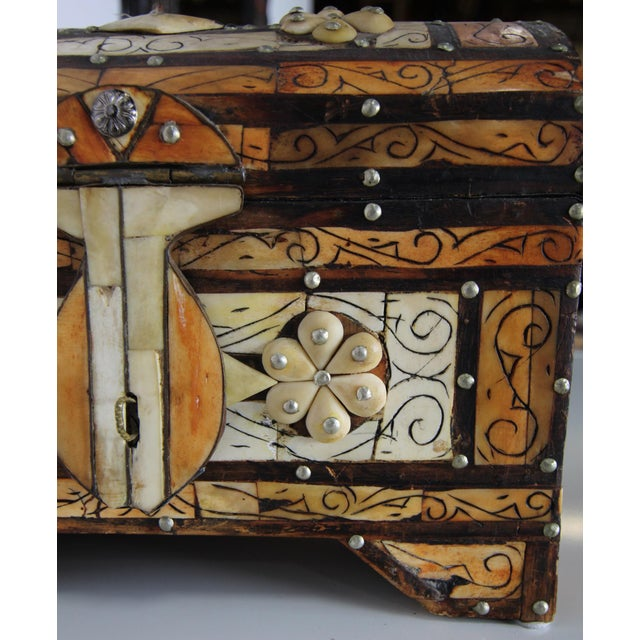 Islamic Moroccan Amber Wood Bone Inlay Hand Carved Jewelry Box For Sale - Image 3 of 6