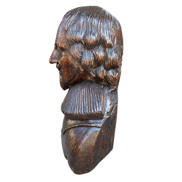 Traditional Carved Oak Bust of a Gentleman Possibly Charles I For Sale - Image 3 of 6