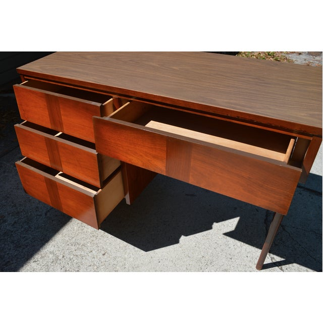 Ward Mid Century Modern Writing Desk by Ward Furniture For Sale - Image 5 of 5