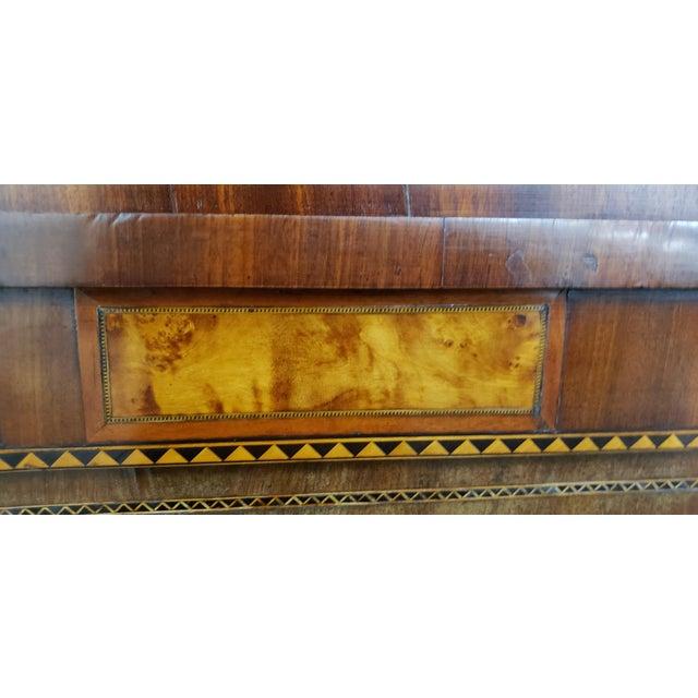 Early 19th Century Walnut & Mahogany Biedermeier Mirror C.1830s For Sale In San Francisco - Image 6 of 9