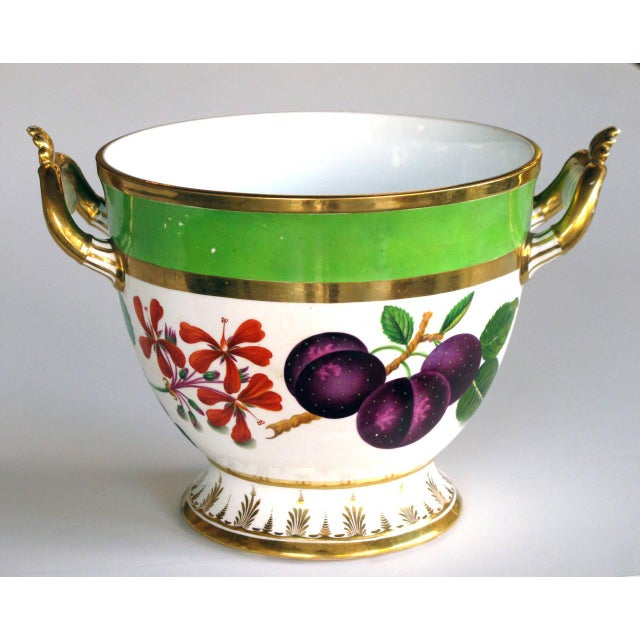 French A Good Quality Paris Porcelain Polychromed Double-Handled Cache Pot/Jardiniere For Sale - Image 3 of 7