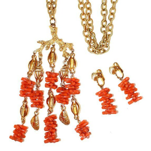 1960s C1960s Trifari Faux-Coral Necklace & Earrings Set For Sale - Image 5 of 5