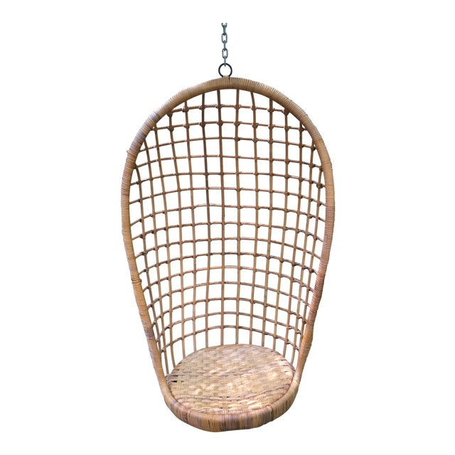 1970s Vintage Rattan Hanging Chair For Sale