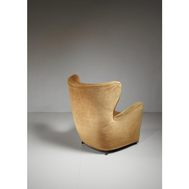 Mid-Century Modern Mogens Lassen style lounge chair with velour upholstery, Denmark, 1940s For Sale - Image 3 of 6