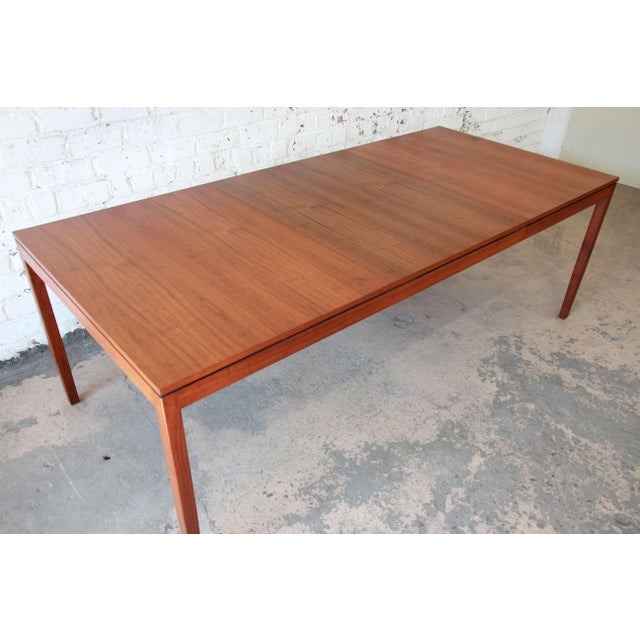 df184a9eda385 Mid-Century Modern 1957 Vintage Florence Knoll for Knoll International Walnut  Extension Dining Table For
