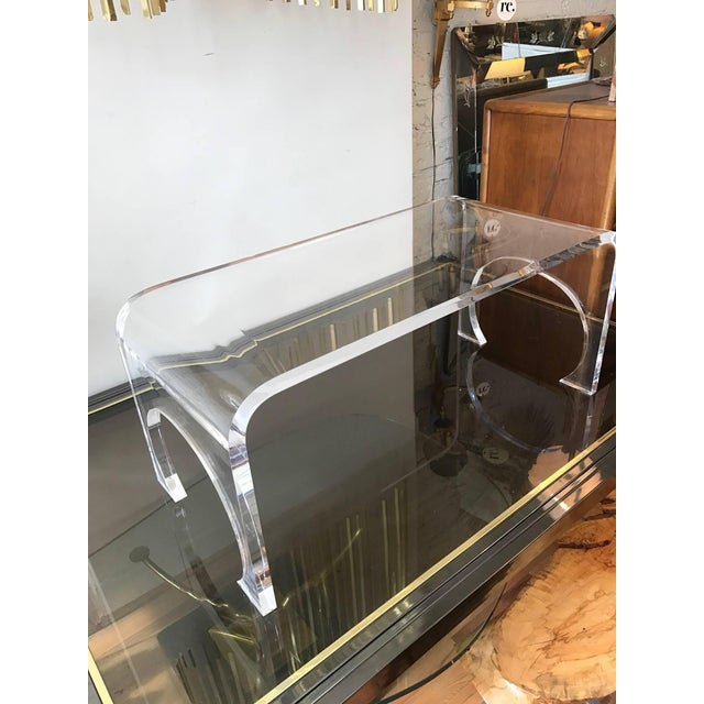 Charles Hollis Jones Lucite Waterfall Coffee Table in the Manner of Charles Hollis Jones For Sale - Image 4 of 11