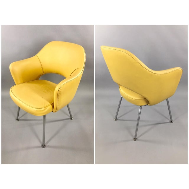 Here is an absolutely fantastic pair of iconic, Eero Saarinen Model 71 Executive Armchairs by KNOLL. These are original,...