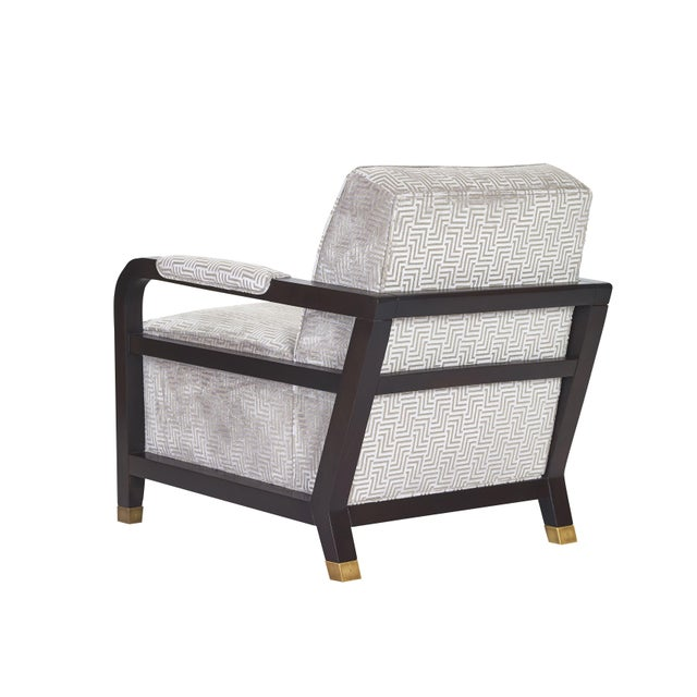 The Carson lounge chair by esteemed designer brand Pearson. This piece is a showroom sample, and has never been owned....