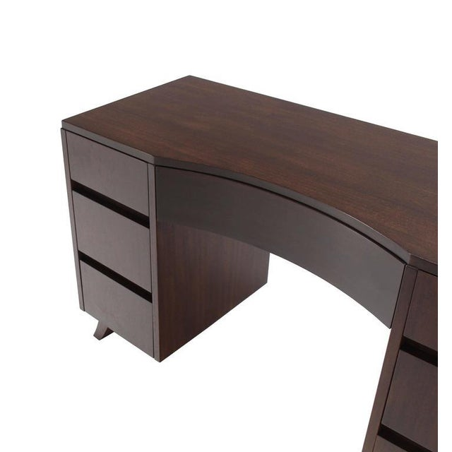 Mid-Century Modern Petit Writing Table Desk For Sale - Image 4 of 8