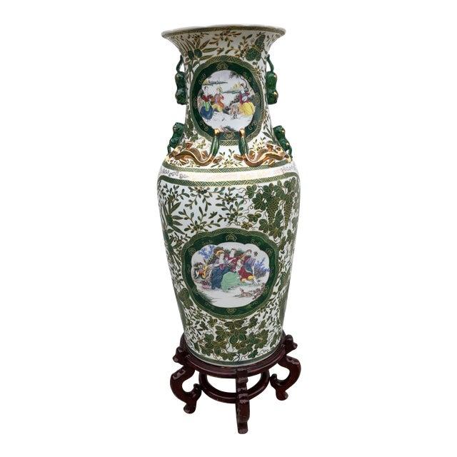 Beautiful Vintage Chinese Large Palatial Size Porcelain Floor Vase