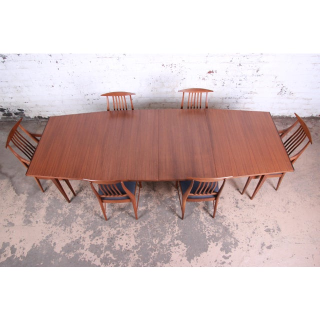 Danish Modern Kipp Stewart for Calvin Mid-Century Modern Walnut and Rosewood Dining Set, Newly Restored For Sale - Image 3 of 13