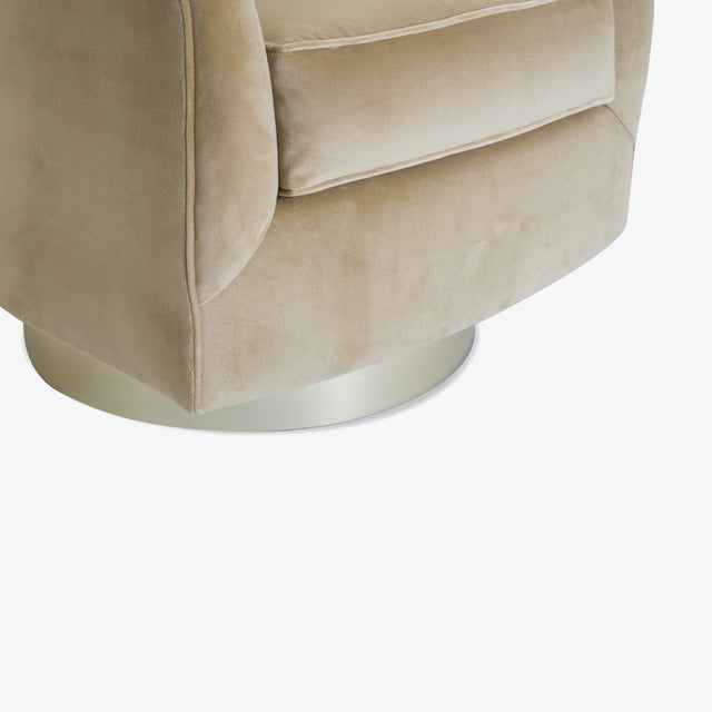Metal Swivel Tub Chairs in Camel Velvet With Polished Brass Bases, Pair For Sale - Image 7 of 10