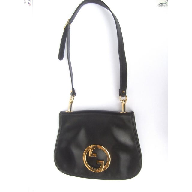 Italian 1970s Gucci Italy Ebony Leather Blondie Shoulder Bag For Sale - Image 3 of 11