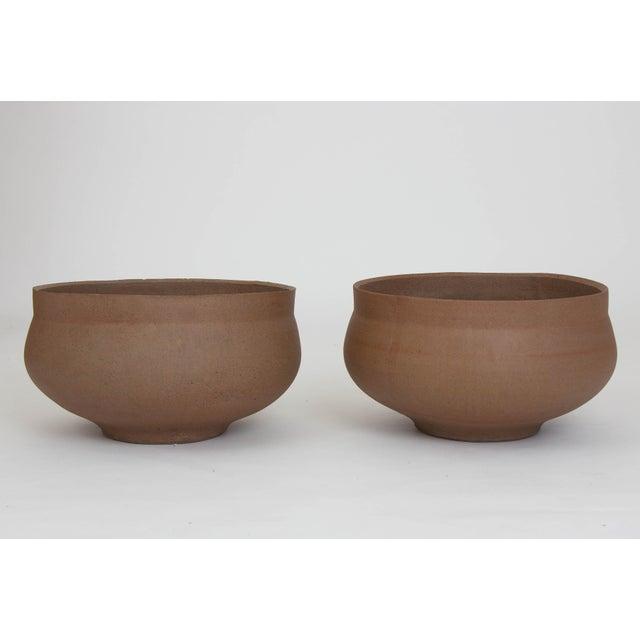 Mid-Century Modern Pair of David Cressey Pro/Artisan Plain Bowl Planters For Sale - Image 3 of 3