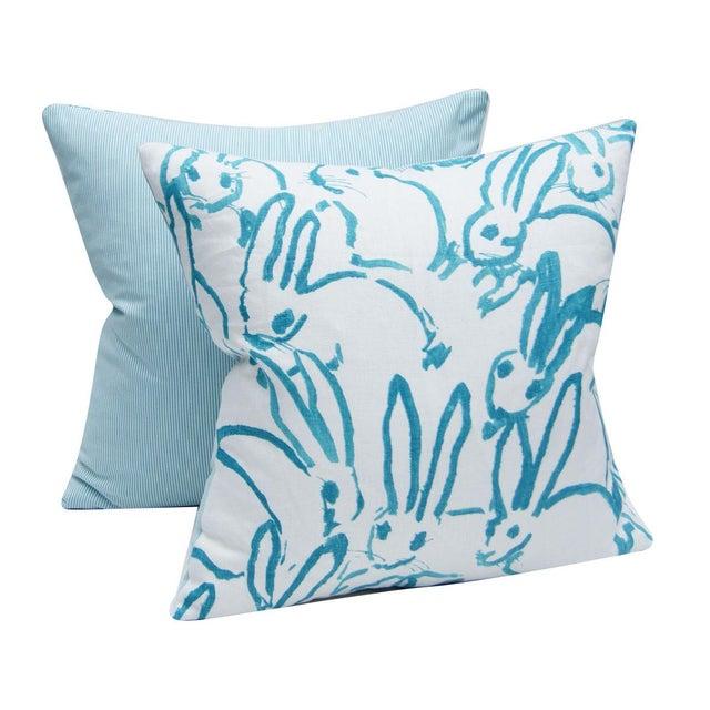Contemporary Bunny Fabric - Hutch Print Aqua - Hunt Slonem - Lee Jofa - Lumbar 20x20 Inch For Sale - Image 3 of 6