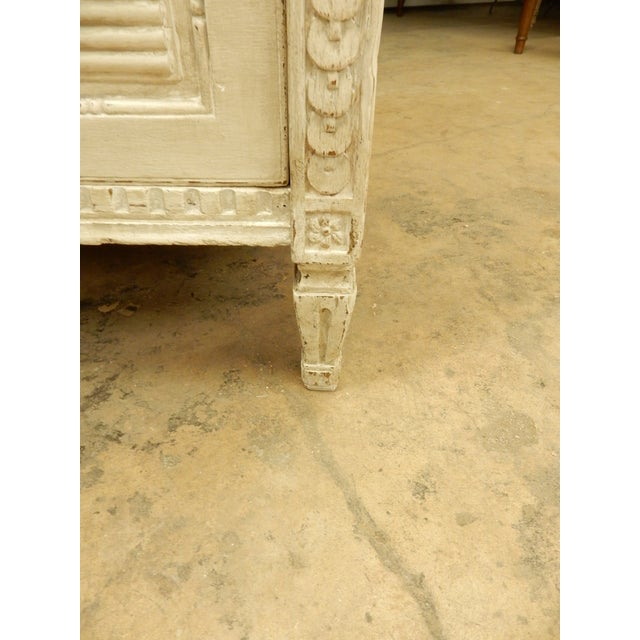 Large Painted 18th Century Northern European Commode For Sale - Image 9 of 11
