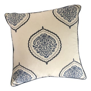 Kravet Fabric in White and Blue Pillow For Sale