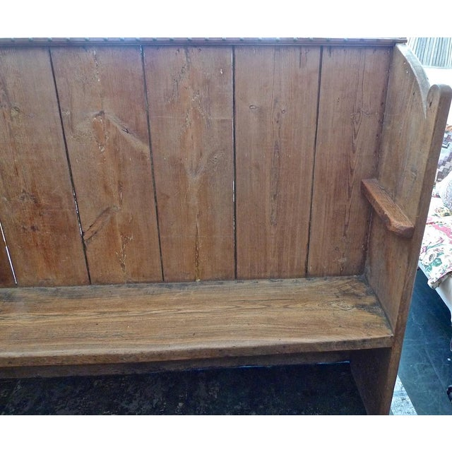 English XIX Stained pine church pew. Perfect for a rustic home.