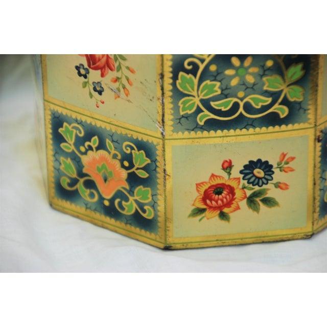 Vintage Octagonal Floral Tin - Image 3 of 7