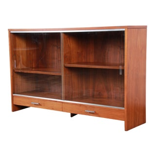 Paul McCobb for Calvin Mid-Century Modern Walnut Glass Front Bookcase For Sale