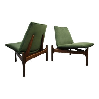 John Caldwell for Brown Saltman Mid-Century Sculptural Lounge Chairs - A Pair