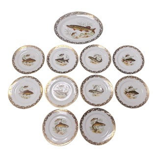 Early 20th Century French Limoges Porcelain Gilded Fish Motif Service Set 10 Plates and 1 Platter - Set of 11 For Sale