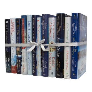 Late 20th Century Mini Snow Storm Christmas Book Gift Set - Set of 12 For Sale