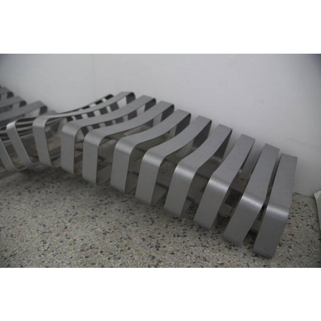 Late 20th Century Modern Artisan Garden Chaise in Powder Coated Metal For Sale - Image 5 of 13