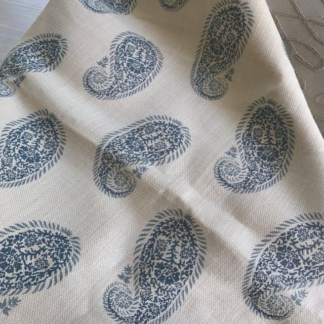 """Peter Fasano """"Chamba"""" Blue on Ivory Paisley Linen Fabric - Image 3 of 3"""