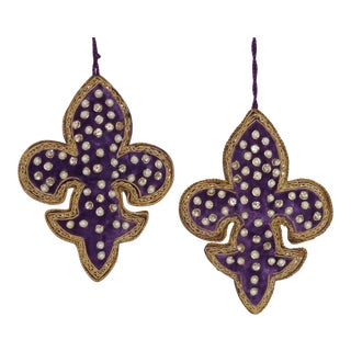 Sudha Pennathur Fleur De Lis Purple Velvet Beaded Ornaments - Set of 2 For Sale