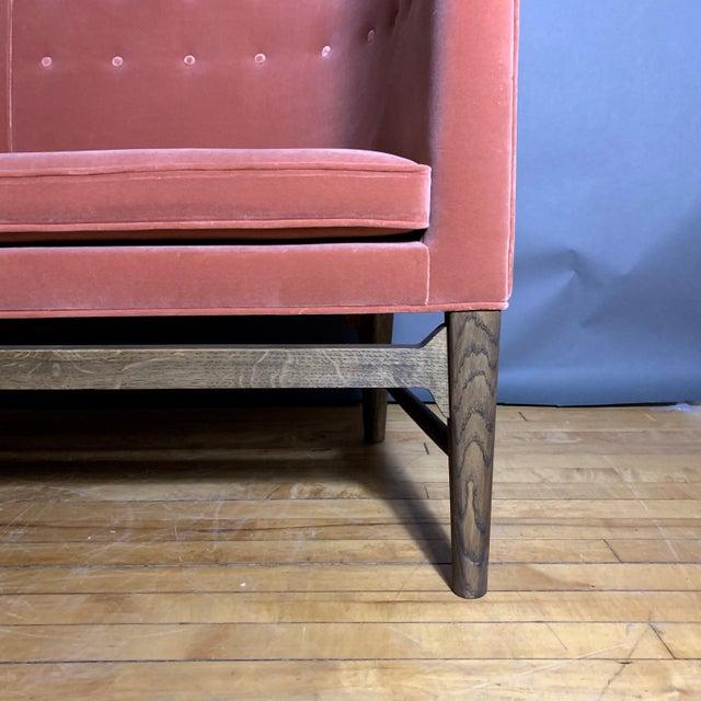 Arne Jacobsen, Flemming Lassen 2-Seat Mayor Sofa For Sale In New York - Image 6 of 10