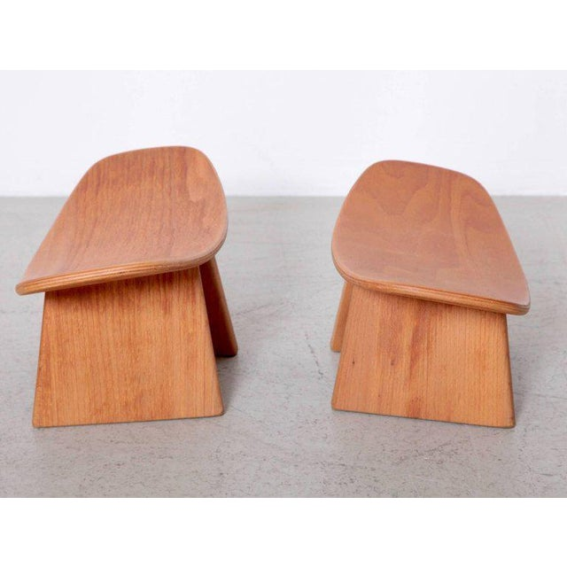 French Pair of French Meditation Wood Shoggi Stool by Alain Gaubert, Beechwood, 1980s For Sale - Image 3 of 5